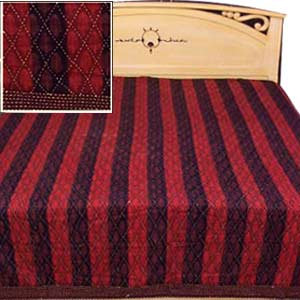 Plant shaped designs on maroon- black bed sheet