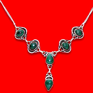 Malachite Necklace:The Princess Collection