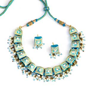 Turquoise Lacquer Necklace Set