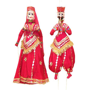 red_colored_rajasthani_puppet