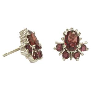 Silver Earring Garnet