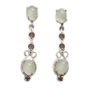 Silver Earring Moonstone and Ruby