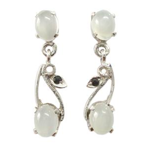 Silver Earring Moonstone Garnet