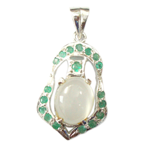 Silver Pendant Moonstone Emerald