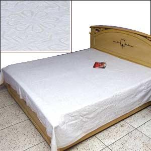 White Applique Bed Spread