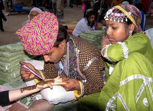 Indian Henna Design Hand Henna Henna Designes On Hand Henna Art